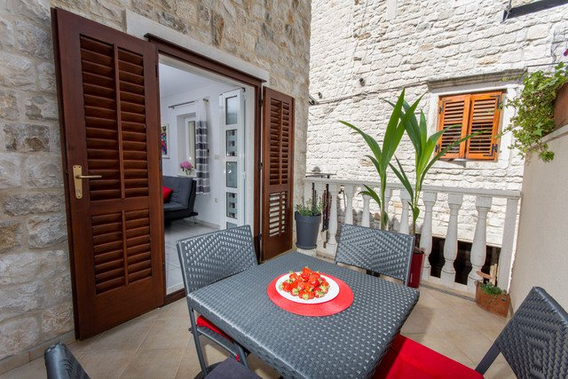 Apartment centar Trogir _ 1