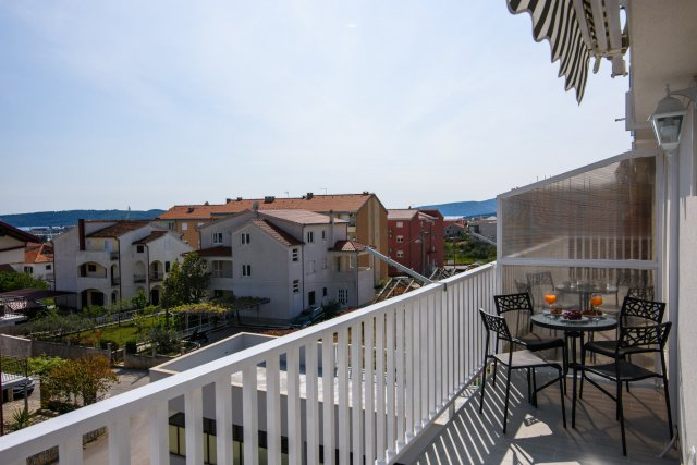 Luxury apartment Trogir_1