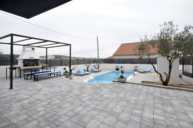 Apartment Pool Trogir_6