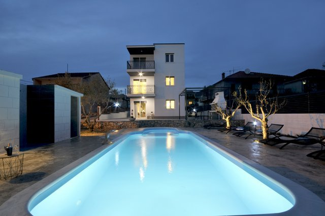 Apartment Pool Trogir_22